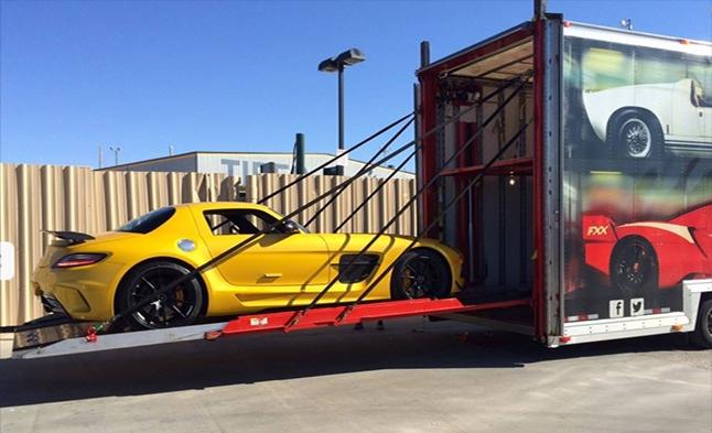 Enclosed Auto Transport: luxury car transport single