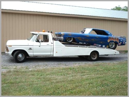 Cool old school car hauler